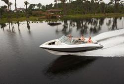 2010 - Regal Boats - 2100