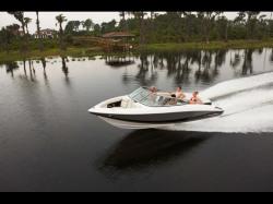 2011 - Regal Boats - 2100