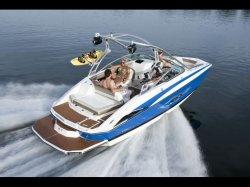 2011 - Regal Boats - 2220 Deck Boat