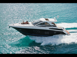 2011 -- Regal Boats - 52 Sport Coupe