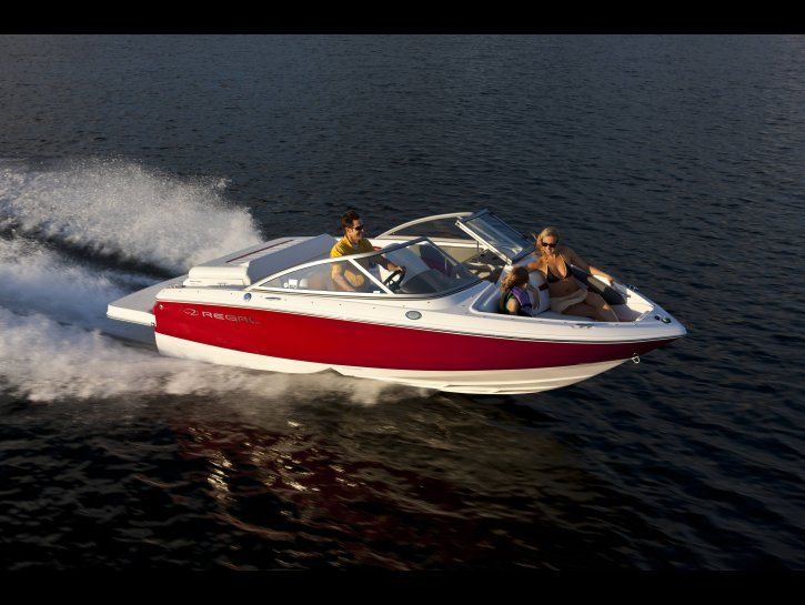 2012 Regal Boats Research
