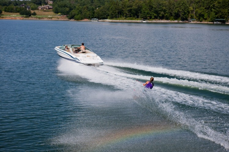 l_2100_lifestyle_wakeboard_13_0732-1000x666