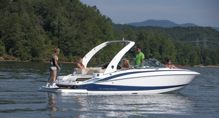 l_2500_lifestyle_wakeboard_13_0015-1000x538
