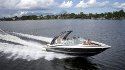 2014 - Regal Boats - 2300