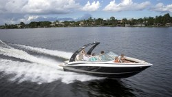 2015 - Regal Boats - 2300