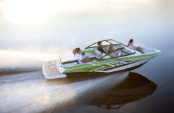 2015 - Regal Boats - 1900ESX