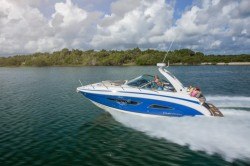 2015 - Regal Boats - 32 Express Cruiser