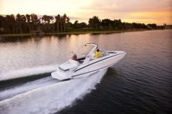 2017 - Regal Boats - 27 FasDeck