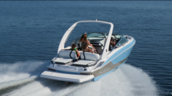 2018 - Regal Boats - 2300