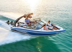 2018 - Regal Boats - 21 RX Surf