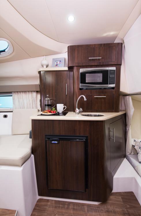 l_28express-16-interior-0685-2k-1