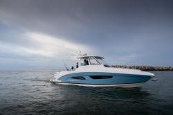 2019 - Regal Boats - 33 SAV