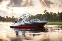 2019 - Regal Boats - 2100