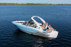2020 - Regal Boats - 2300