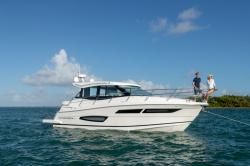 2020 - Regal Boats - 38 Grande Coupe