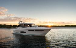 2020 - Regal Boats - 38 XO