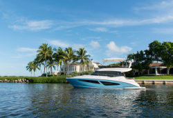 2020 - Regal Boats - 42 Fly