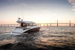 2020 - Regal Boats - 42 Grande Coupe