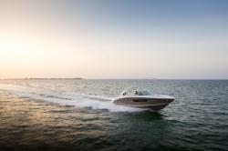 2021 - Regal Boats - 3300