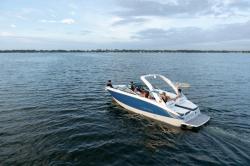 2021 - Regal Boats - LS6 Surf
