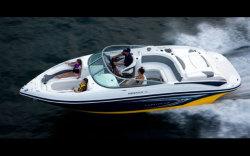 2009 - Rinker Boats - 246 Captiva Bowrider