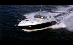 2009 - Rinker Boats - 320 Express Cruiser