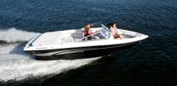 2010 - Rinker Boats - Captiva 186