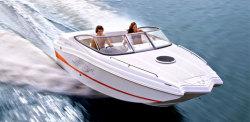 2010 - Rinker Boats - Captiva 210 MTX