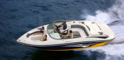 2011 - Rinker Boats - Captiva 246 BR