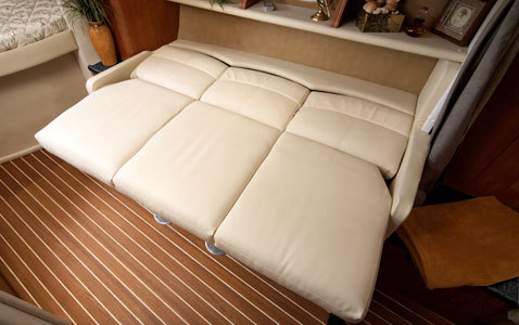 comimagesfeature_imageslarge340-ec-couch---lores