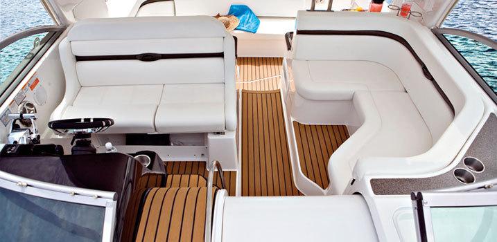 comimagesslideshow_images400-ec-cockpit---lores