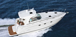 2011 - Rinker Boats - Express Cruiser 400
