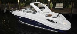 2012 - Rinker Boats - Express Cruiser 290 EC