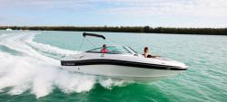 2013 - Rinker Boats - Captiva 216 BR