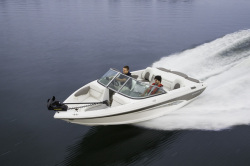 2014 - Rinker Boats - Captiva 186 FS BR