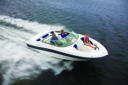 2014 - Rinker Boats - Captiva 216 BR