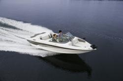 2015 - Rinker Boats - Captiva 186 FS BR