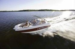 2015 - Rinker Boats - Captiva 220 MTX