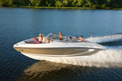 2015 - Rinker Boats - Captiva 246 BR
