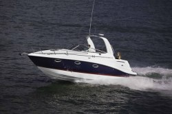 2015 - Rinker Boats - Express Cruiser 260