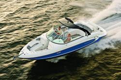 2015 - Rinker Boats - Captiva 296 BR