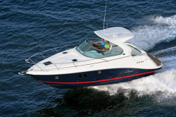 2015 - Rinker Boats - Express Cruiser 340