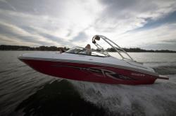2018 - Rinker Boats - 23 QX BR