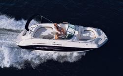 Rinker Boats 260 Captiva Deck Boat