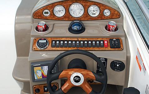 com_images_feature_images_large_280eccockpit3_lr