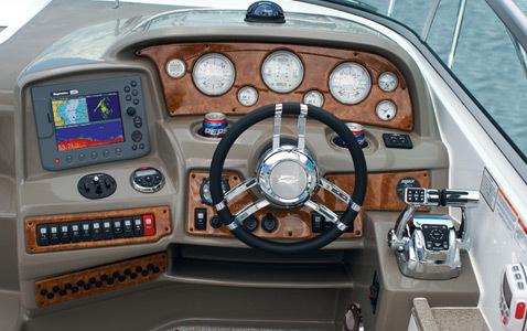 com_images_feature_images_large_350eccockpit3_lr