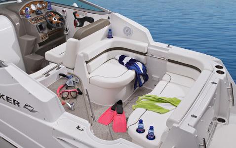 com_images_feature_images_large_rinker_08_260_cockpit1