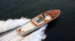 2013 - Riva Boats - Aquariva