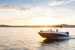 2021 VR6 Bowrider - Outboard