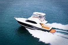 2020 - Riviera Boats - 43 Open Flybridge